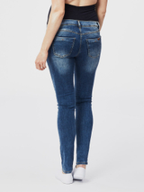 destroyed maternity jeans 32