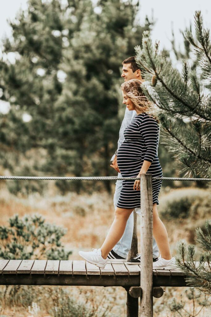 body changes during pregnancy; Image by Vitor Pinto on Unsplash